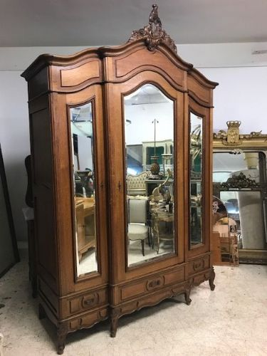 Lovely Deep Antique French  Armoire  - c4